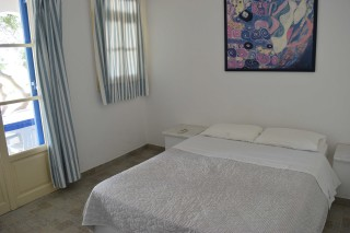 4 persons apartment naoussa hotel bedroom