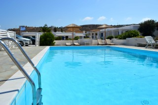 facilities naoussa hotel paros big pool
