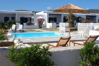 facilities naoussa hotel paros pool