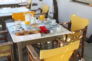 breakfast-naoussa-hotel-03
