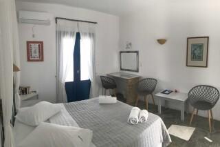 double room naoussa hotel facilities