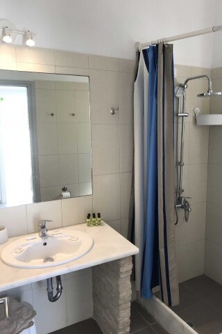 naoussa hotel apartment for five bathroom
