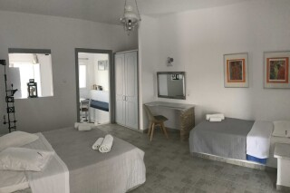 naoussa hotel apartment for five master bedroom